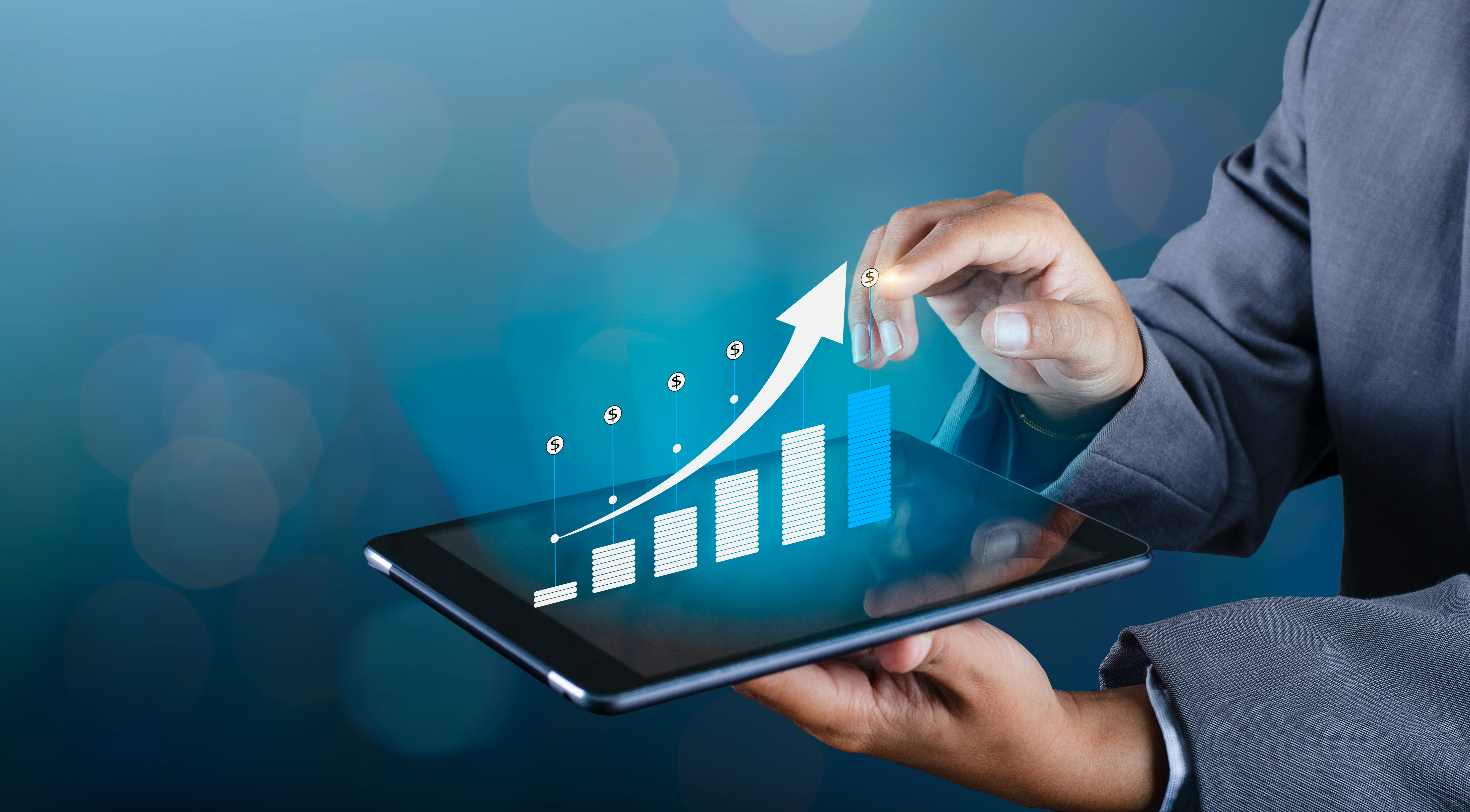 Mobile-financial-analytics-benefits