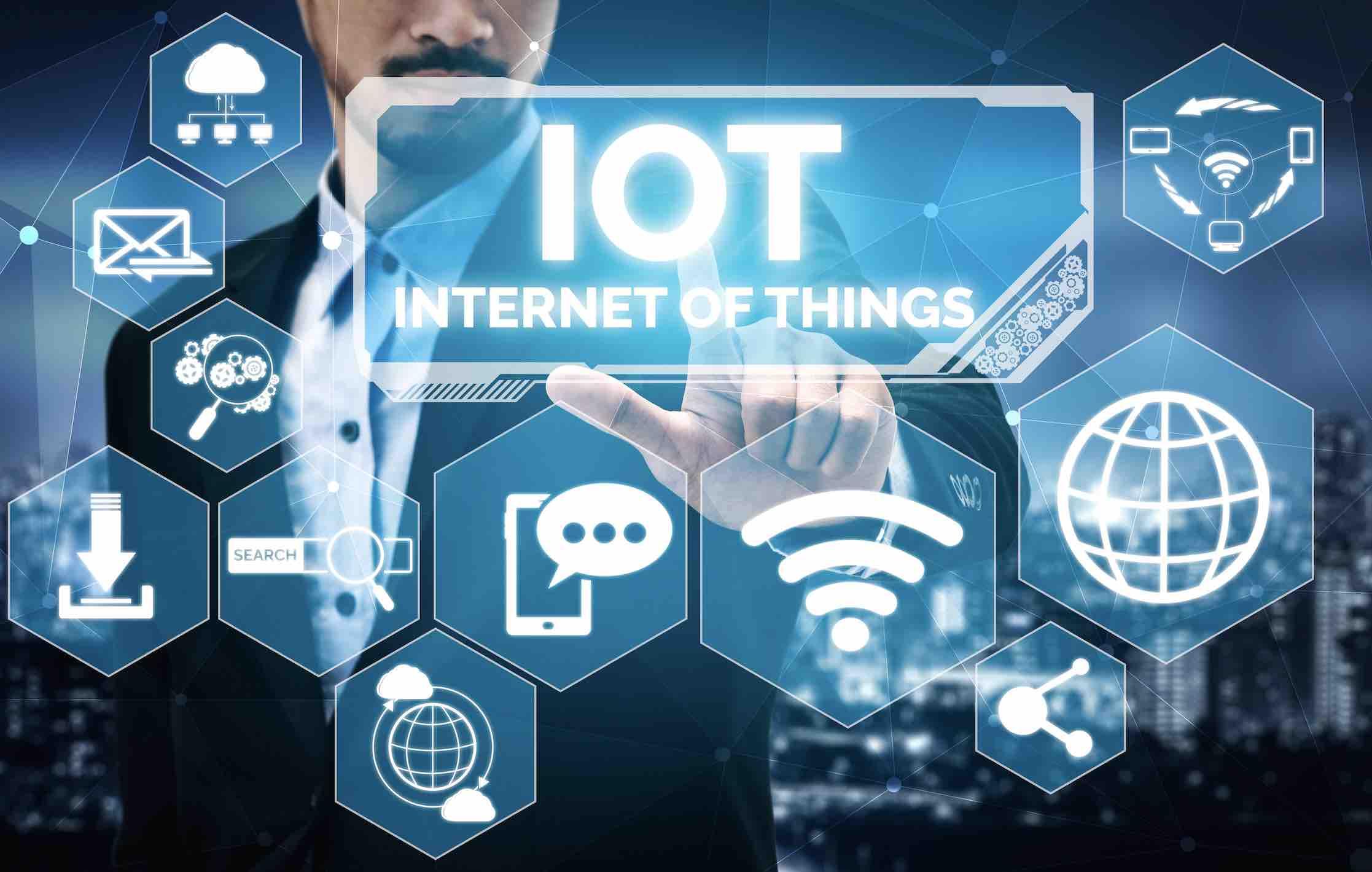 Iot-Technology.jpg